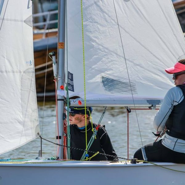 Aussie Cadets' mixed results in fickle winds